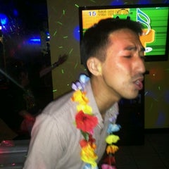Photo taken at Karaoke Hut Sports Bar & Grill by Nix K. on 7/2/2012