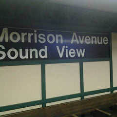 Photo taken at MTA MaBSTOA Bus at Westchester Ave (White Plains Rd / Grant Circle / Parkchester): (Bx4, Bx4A, Bx36, Bx39, Q44, BxM6) by Justo P. on 4/20/2012