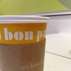 Photo taken at Au Bon Pain by Angel N. on 3/15/2012
