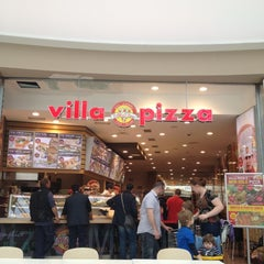 Photo taken at Villa Pizza by B@n Z. on 5/15/2012
