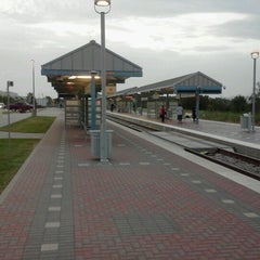 Photo taken at CentrePort / DFW Airport Station (TRE, DART bus, The T) by Spencer K. on 7/3/2012