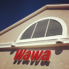 Photo taken at Wawa by Bonnie H. on 8/21/2012
