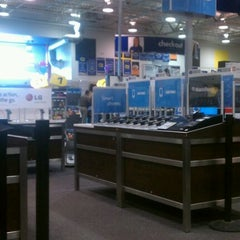 Photo taken at Best Buy by Mary Jane S. on 4/1/2012