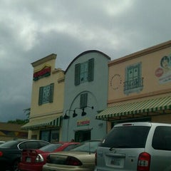Photo taken at El Mesón Sandwiches by Omar M. on 5/28/2012