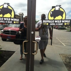 Photo taken at Buffalo Wild Wings by Huna T. on 5/24/2012