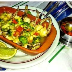 Photo taken at O Caranguejo by Melinda P. on 4/21/2012