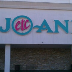 Photo taken at Jo-Ann Fabric and Craft by Doug G. on 9/3/2012