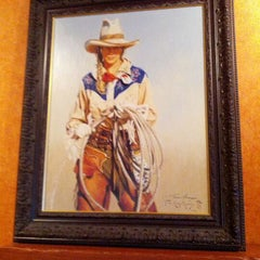 Photo taken at LongHorn Steakhouse by Gary M. on 5/20/2012