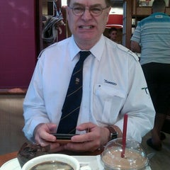 Photo taken at Costa Coffee by Kathy M. on 9/28/2011