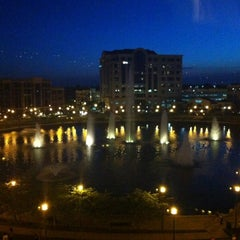 Photo taken at Newport News Marriott at City Center by MJ on 5/26/2012