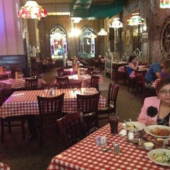 Photo taken at Spaghetti Warehouse by Leslie D. on 4/23/2012