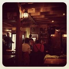 Photo taken at Chelsea Pub by Neus on 3/1/2012