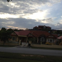 Photo taken at Taman Lavender Heights Seremban by Kudratullah Fatimi K. on 3/25/2012