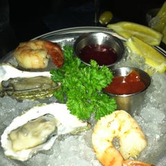 Photo taken at The Oceanaire Seafood Room by Sara K. on 9/3/2011
