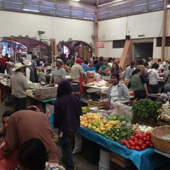 Photo taken at Mercado De Antojitos by G A. on 3/4/2012