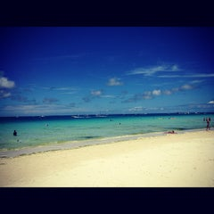 Photo taken at White Beach by 🌷Оксана Р. on 4/1/2012