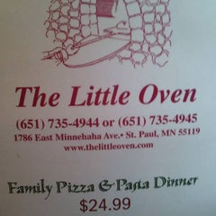 Photo taken at The Little Oven by Rachel G. on 4/3/2011