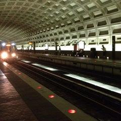 Photo taken at McPherson Square Metro Station by Michael B. on 4/21/2012