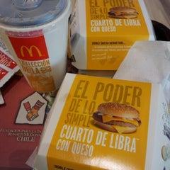 Photo taken at McDonald's by Loreto del Pilar G. on 8/14/2012