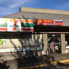 Photo taken at 7-Eleven by Mint H. on 5/25/2012