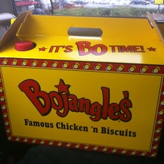 Photo taken at Bojangles' Famous Chicken 'n Biscuits by Olivia M. on 3/12/2012