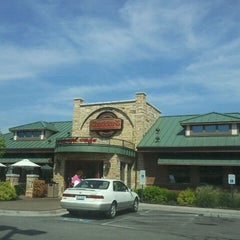 Photo taken at Cheddar's by Mary Beth W. on 7/26/2012
