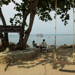 Photo taken at Nimmanoradee Resort (นิมมานรดี รีสอร์ท) by ยอดมนุษย์ ช. on 3/24/2012