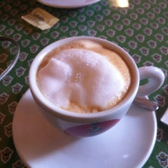 Photo taken at Paris Bakery & Cafe by Diana H. on 8/4/2012