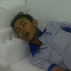 Photo taken at Bagian Modul Surya PT. LEN Industri by dogol e. on 1/24/2012