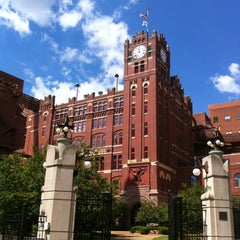 Photo taken at Anheuser-Busch Brewery Experiences by Andy D. on 8/20/2012