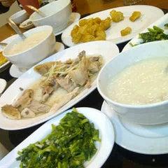 Photo taken at Kwang Tung by kumala I. on 8/21/2012