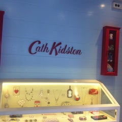 Photo taken at Cath Kidston by Naty R. on 6/18/2012