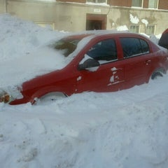 Photo taken at Snowpocalypse 2011 - Milwaukee by Grant F. on 2/2/2011