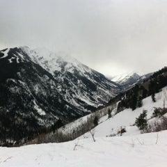 Photo taken at Aspen Highlands by Elizabeth T. on 2/19/2011
