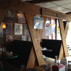 Photo taken at Conans Pizza Central by Thien G. on 5/14/2012
