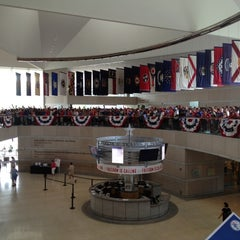 Photo taken at National Constitution Center by Rushi on 8/15/2012