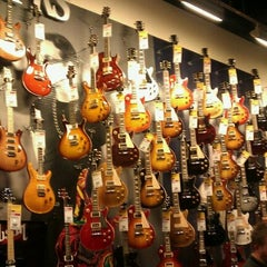 Photo taken at Guitar Center by Tony L. on 9/20/2011