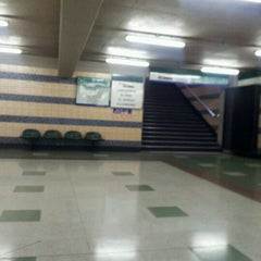 Photo taken at Estación Intermodal Bellavista de la Florida by Nicole A. on 10/22/2011