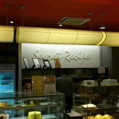 Photo taken at Secret Recipe by Shahril A. on 9/11/2011