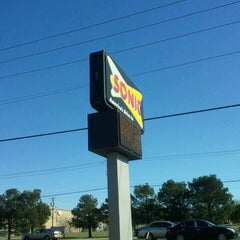 Photo taken at SONIC Drive In by excitable h. on 1/13/2012