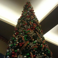 Photo taken at Caesars Windsor Hotel & Casino by The C. on 12/2/2011