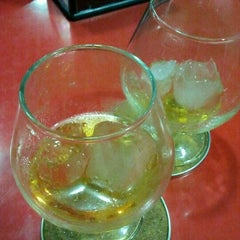 Photo taken at Cafeteria El Faro by Pedro H. on 2/17/2012