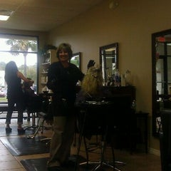 Photo taken at Hilton Garden Inn Jacksonville / Ponte Vedra by glenda b. on 11/18/2011