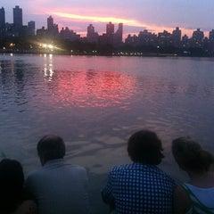 Das Foto wurde bei Socrates Sculpture Park von Tim V. am 7/5/2012 aufgenommen