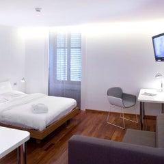 Photo prise au Hotel La Cour des Augustins par Dionys H. le7/9/2012