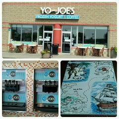 Photo taken at Yo-Joe's Frozen Yogurt & Coffee Shoppe by Aaron E. on 7/3/2012
