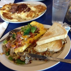 Photo taken at Uptown Diner by Rahul S. on 4/14/2012