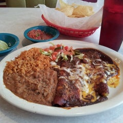 Photo taken at Chuy's by Texican Specialties on 7/14/2012