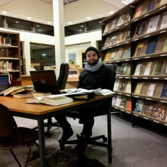 Photo taken at Tyndale Theological Seminary by Dimitrije K. on 12/8/2011