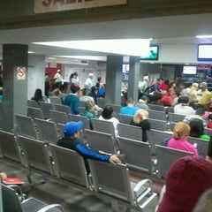 Photo taken at Aeroexpresos Ejecutivos by Rafael S. on 4/19/2012